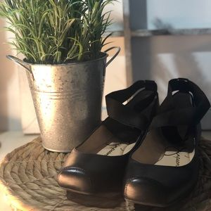 NEW Jessica Simpson ~Wrap Ankle Black Ballet Flats